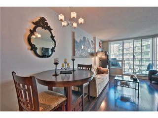 """Photo 7: 706 1212 HOWE Street in Vancouver: Downtown VW Condo for sale in """"1212 HOWE"""" (Vancouver West)  : MLS®# V1009386"""