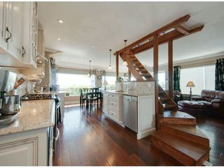 """Photo 16: 15570 VICTORIA Avenue: White Rock House for sale in """"East Beach - White Rock"""" (South Surrey White Rock)  : MLS®# F1319657"""