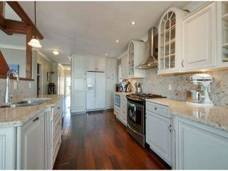 """Photo 17: 15570 VICTORIA Avenue: White Rock House for sale in """"East Beach - White Rock"""" (South Surrey White Rock)  : MLS®# F1319657"""