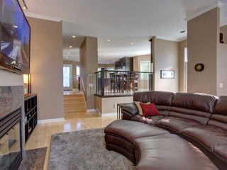 Photo 5: 707 20 Street NW in CALGARY: West Hillhurst Residential Attached for sale (Calgary)  : MLS®# C3585308