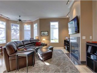 Photo 4: 707 20 Street NW in CALGARY: West Hillhurst Residential Attached for sale (Calgary)  : MLS®# C3585308