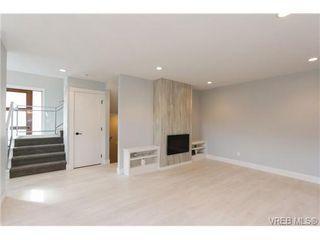 Photo 4: 254 Ontario St in VICTORIA: Vi James Bay Half Duplex for sale (Victoria)  : MLS®# 651971