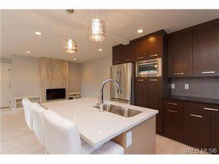 Photo 7: 254 Ontario St in VICTORIA: Vi James Bay Half Duplex for sale (Victoria)  : MLS®# 651971
