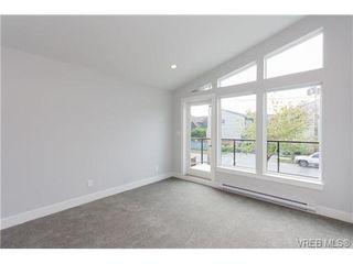 Photo 12: 254 Ontario St in VICTORIA: Vi James Bay Half Duplex for sale (Victoria)  : MLS®# 651971