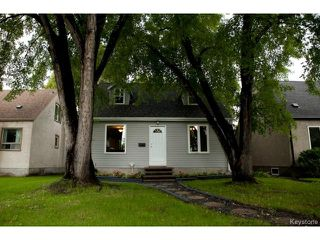 Photo 2: 91 Des Meurons Street in WINNIPEG: St Boniface Residential for sale (South East Winnipeg)  : MLS®# 1422081