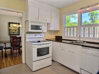 Photo 2: 105 Havelock Avenue in Winnipeg: St Vital Residential for sale (South East Winnipeg)  : MLS®# 1516342