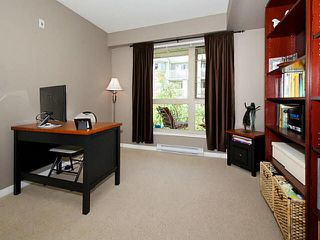 Photo 13: 304 1315 56TH STREET in Tsawwassen: Cliff Drive Condo for sale : MLS®# V1135339