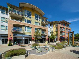 Photo 1: 304 1315 56TH STREET in Tsawwassen: Cliff Drive Condo for sale : MLS®# V1135339