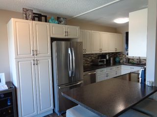 Photo 5: 228 Monashee Place in Kamloops: Sahali House 1/2 Duplex for sale