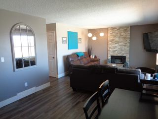 Photo 10: 228 Monashee Place in Kamloops: Sahali House 1/2 Duplex for sale