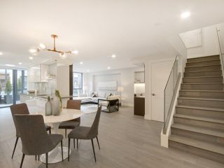Photo 3: 201 289 DRAKE STREET in Vancouver: Yaletown Townhouse for sale (Vancouver West)