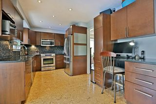 Photo 4: 104 River Oaks Blvd W in : 1015 - RO River Oaks FRH for sale (Oakville)  : MLS®# OM2087125