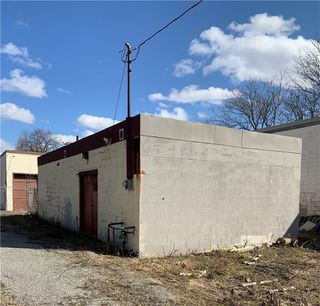 Photo 2: 250 Gibson in Hamilton: Industrial for sale : MLS®# H4050192