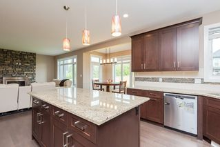 Photo 8: 3692 KESWICK Boulevard in Edmonton: Zone 56 House for sale : MLS®# E4171547