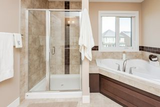 Photo 16: 3692 KESWICK Boulevard in Edmonton: Zone 56 House for sale : MLS®# E4171547