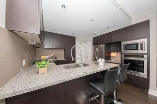 "Photo 8: 2205 3008 GLEN Drive in Coquitlam: North Coquitlam Condo for sale in ""MTWO"" : MLS®# R2405924"