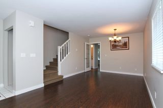 """Photo 3: 40 23085 118 Avenue in Maple Ridge: East Central Townhouse for sale in """"SOMMERVILLE GARDENS"""" : MLS®# R2411963"""