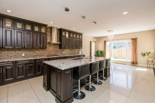 Photo 9: 429 WINDERMERE Road in Edmonton: Zone 56 House for sale : MLS®# E4180529