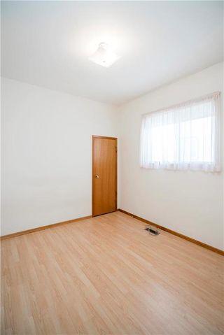 Photo 13: 117 Rosseau Avenue West in Winnipeg: West Transcona Residential for sale (3L)  : MLS®# 1932594