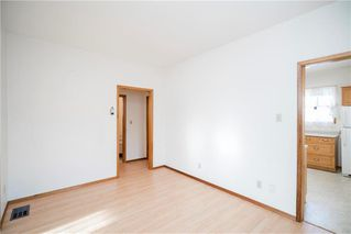 Photo 8: 117 Rosseau Avenue West in Winnipeg: West Transcona Residential for sale (3L)  : MLS®# 1932594