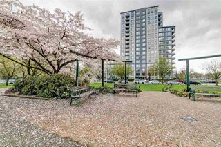 Photo 3: 302 3437 KINGSWAY in Vancouver: Collingwood VE Condo for sale (Vancouver East)  : MLS®# R2427879