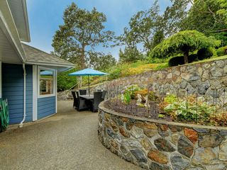 Photo 24: 3880 Mildred St in Saanich: SW Strawberry Vale House for sale (Saanich West)  : MLS®# 844822