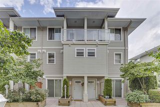 Photo 2: 203-2432 Welcher Ave in Port Coquitlam: Central Pt Coquitlam Townhouse for sale : MLS®# R2480052