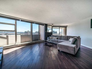 "Photo 3: 1103 98 TENTH Street in New Westminster: Downtown NW Condo for sale in ""Plaza Point"" : MLS®# R2494856"