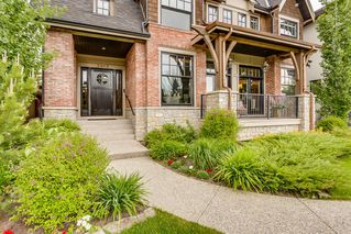 Photo 2: 3903 18 Street SW in Calgary: Altadore Detached for sale : MLS®# A1034958