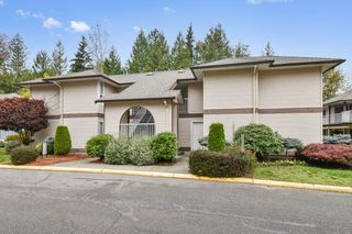 Photo 1: 308 1750 McKenzie Road in Abbotsford: Central Abbotsford Townhouse for sale : MLS®# R2513360