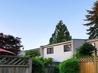 """Main Photo: 92 10505 153 Street in Surrey: Guildford Townhouse for sale in """"Guildford Mews"""" (North Surrey)  : MLS®# R2519248"""