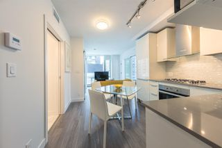 """Photo 2: 804 1283 HOWE Street in Vancouver: Downtown VW Condo for sale in """"Tate On Howe"""" (Vancouver West)  : MLS®# R2526622"""