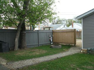 Photo 14: 439 Lariviere Street in WINNIPEG: St Boniface Residential for sale (South East Winnipeg)  : MLS®# 1208961