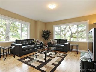 Photo 2: 1274 Vista Heights in VICTORIA: Vi Hillside Strata Duplex Unit for sale (Victoria)  : MLS®# 311221