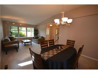 "Photo 2: 2555 COLONIAL Drive in Port Coquitlam: Citadel PQ House for sale in ""CITADEL"" : MLS®# V964131"