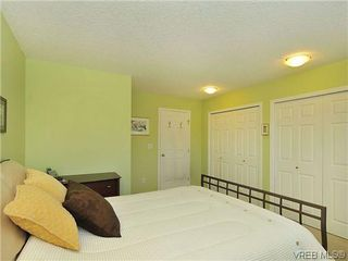 Photo 10: 3006 Scott St in VICTORIA: Vi Oaklands Row/Townhouse for sale (Victoria)  : MLS®# 620524