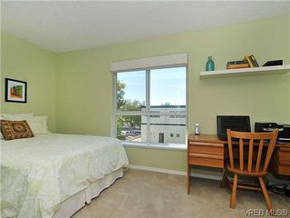 Photo 12: 3006 Scott St in VICTORIA: Vi Oaklands Row/Townhouse for sale (Victoria)  : MLS®# 620524