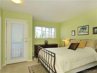 Photo 9: 3006 Scott St in VICTORIA: Vi Oaklands Row/Townhouse for sale (Victoria)  : MLS®# 620524