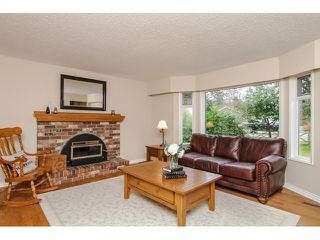Photo 2: 20355 43RD AV in Langley: Brookswood Langley House for sale : MLS®# F1405621