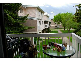 Photo 4: # 69 3015 51 ST SW in CALGARY: Glenbrook Condo for sale (Calgary)  : MLS®# C3620259
