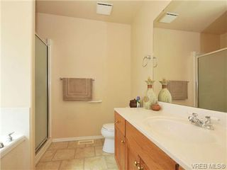 Photo 12: 85 Wolf Lane in VICTORIA: VR Glentana Manufactured Home for sale (View Royal)  : MLS®# 677827