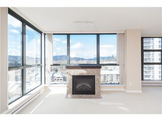 Photo 5: # 805 288 UNGLESS WY in Port Moody: North Shore Pt Moody Condo for sale : MLS®# V1069459