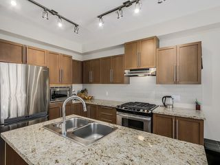 Photo 8: # 1 1125 KENSAL PL in Coquitlam: New Horizons Townhouse for sale : MLS®# V1130701