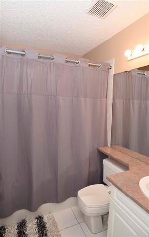 Photo 19: 856 BLACKLOCK WY SW in Edmonton: House for sale : MLS®# E4103562