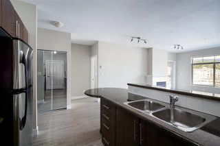 Photo 4: 414 2330 Wilson Street in Port Coquitlam: Central Pt Coquitlam Condo for sale : MLS®# R2306390