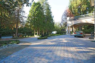 Photo 2: 3162 137A STREET in Surrey: Elgin Chantrell House for sale (South Surrey White Rock)  : MLS®# R2330597