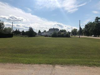 Photo 1: 127 Swain Street in Grandview: Town of Grandview Residential for sale (R30 - Dauphin and Area)  : MLS®# 1918913