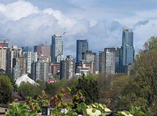 Photo 1: 306 2255 YORK AVENUE in Vancouver: Kitsilano Condo for sale (Vancouver West)  : MLS®# R2385765