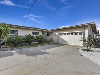 Photo 2: SAN DIEGO House for sale : 4 bedrooms : 4943 Fir Street