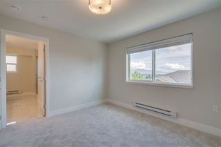 """Photo 11: 3 31548 UPPER MACLURE Road in Abbotsford: Abbotsford West Townhouse for sale in """"Maclure Point"""" : MLS®# R2444549"""